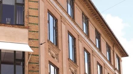 Bygning beliggende på H.C. Ørsteds Vej tilhørende andelsboligforeningen H.C. Ørsteds Vej 43AB i 1879 Frederiksberg C