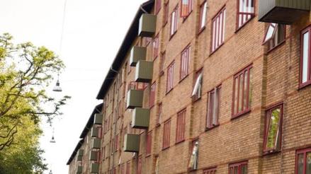 Bygning beliggende på Degnestavnen tilhørende andelsboligforeningen Skoleholdergården i 2400 København NV